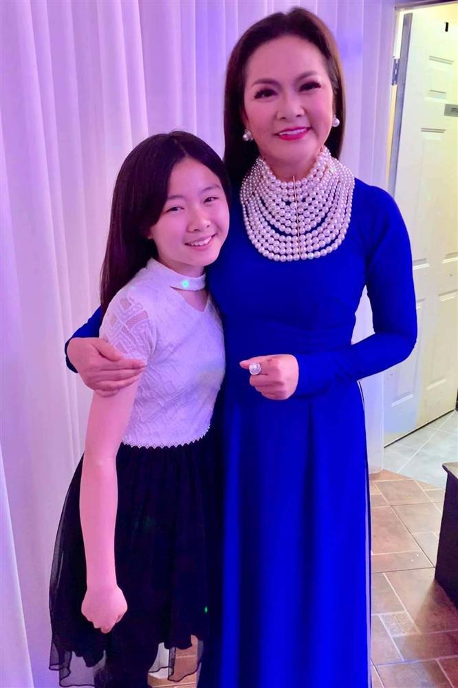 Ca sĩ Như Quỳnh nhan sắc thay đổi, làm mẹ đơn thân ở tuổi 50-14