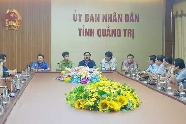 Sạt lở vùi lấp 22 cán bộ chiến sỹ ở Quảng Trị, tìm thấy 4 thi thể-16