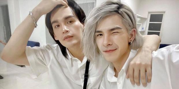 """Nguyễn Trần Trung Quân và Denis Đặng lên tiếng khi bị chỉ trích lợi dụng hình ảnh bà con miền Trung để làm màu"""" đánh bóng tên tuổi-1"""
