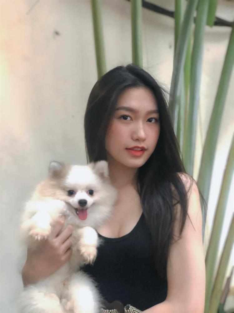 Người đẹp có vòng eo nhỏ nhất Hoa hậu Việt Nam lộ ảnh photoshop quá đà gây choáng-3