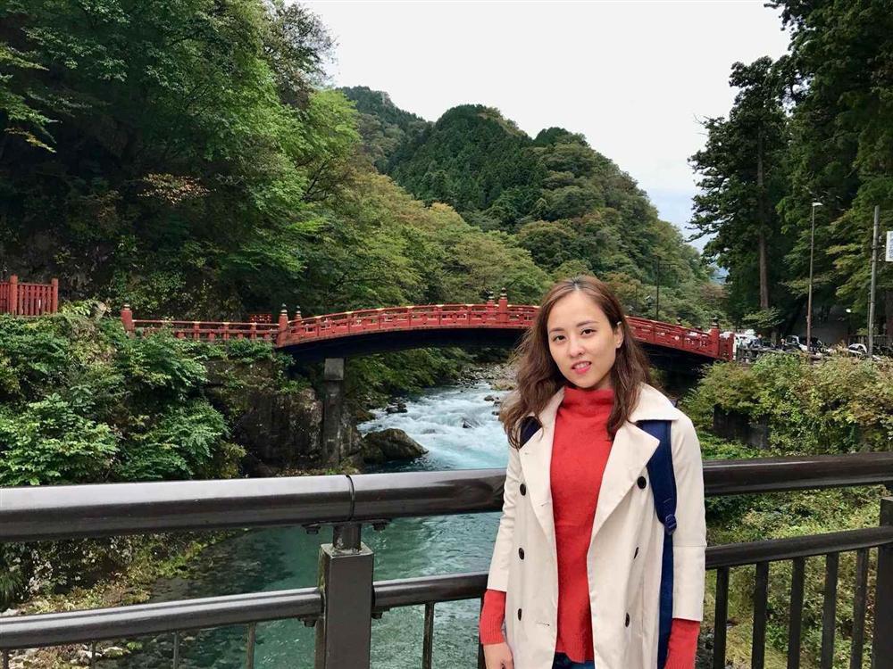Chân dung người phụ nữ Hương Giang Idol mượn thân phận để nổi tiếng, sống lặng lẽ bên chồng con-5