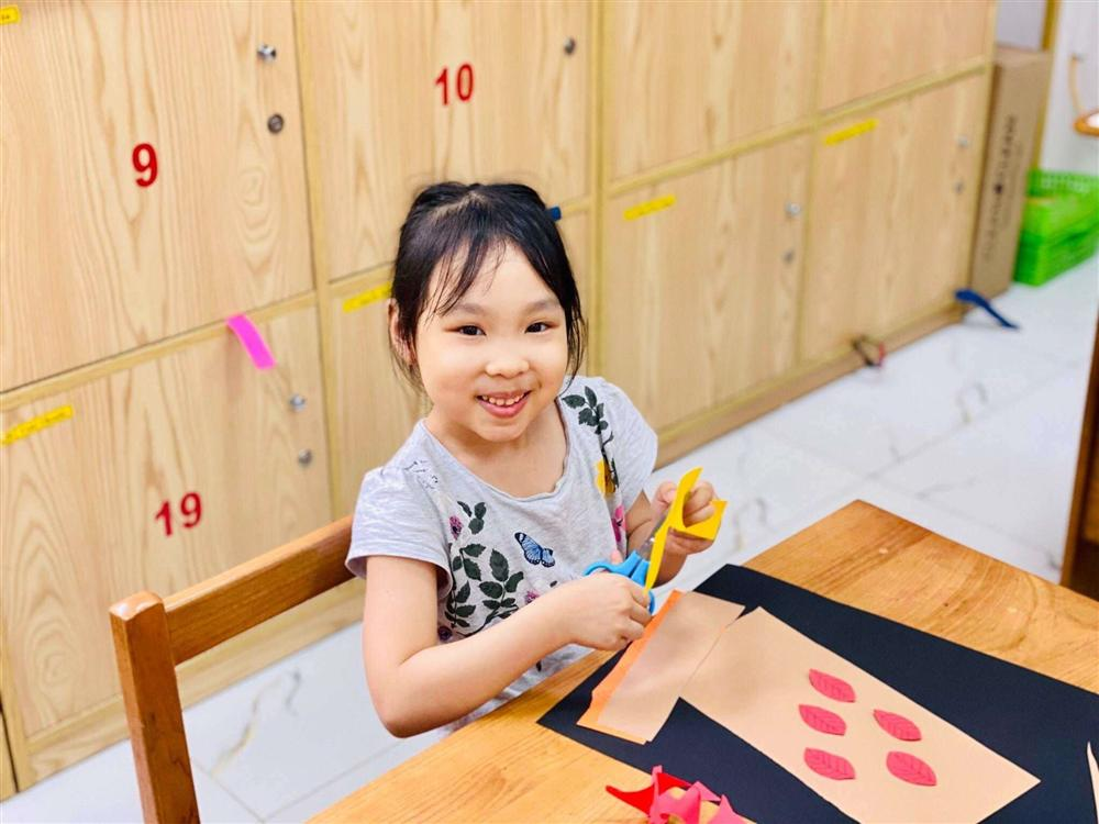 Chân dung người phụ nữ Hương Giang Idol mượn thân phận để nổi tiếng, sống lặng lẽ bên chồng con-7