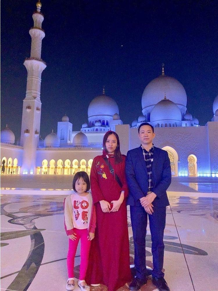 Chân dung người phụ nữ Hương Giang Idol mượn thân phận để nổi tiếng, sống lặng lẽ bên chồng con-11