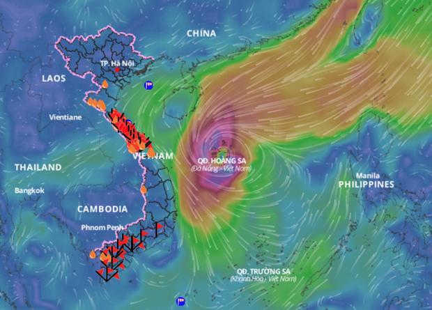 Đang ngập tứ bề, miền Trung lại sắp đón bão có cường độ kinh khủng?-1