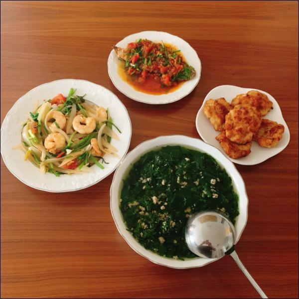 Vợ Thành Trung không chỉ khéo chăm con màcòn giỏi chiều chồng, nấu toàn món đưa cơm lại còn hợp thời tiết ngày lạnh-8