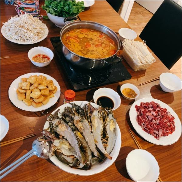 Vợ Thành Trung không chỉ khéo chăm con màcòn giỏi chiều chồng, nấu toàn món đưa cơm lại còn hợp thời tiết ngày lạnh-5