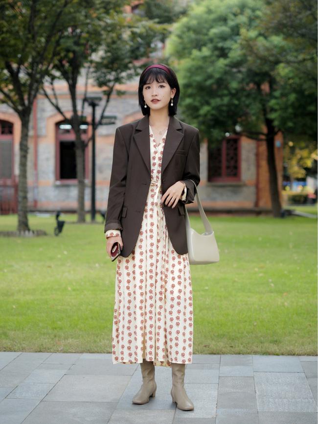 Street style Châu Á: Hội chị em lên đồ chuẩn gái Pháp, toàn blazer và cardigan nhưng nhìn sang hết nấc-1