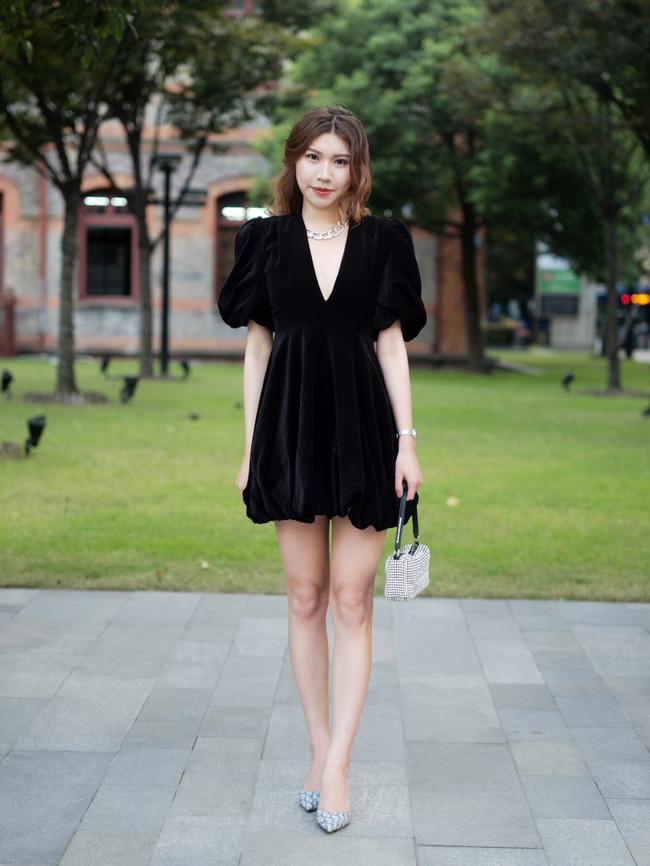 Street style Châu Á: Hội chị em lên đồ chuẩn gái Pháp, toàn blazer và cardigan nhưng nhìn sang hết nấc-11