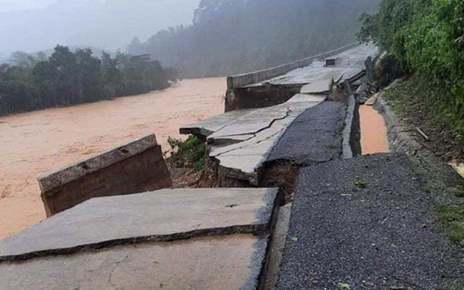 Thông báo khẩn về ngập sâu trên quốc lộ 1A và đường Hồ Chí Minh-1