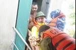 Nước mắt người vợ chiến sĩ hy sinh ở Sư Đoàn 337: Giờ anh mất, muốn đưa thi thể về nhà cũng không được vì quê Quảng Bình vẫn còn ngập lụt-13