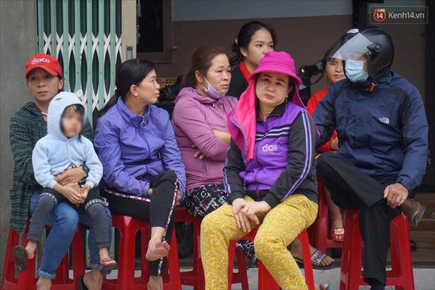 Nước mắt người vợ chiến sĩ hy sinh ở Sư Đoàn 337: Giờ anh mất, muốn đưa thi thể về nhà cũng không được vì quê Quảng Bình vẫn còn ngập lụt-5