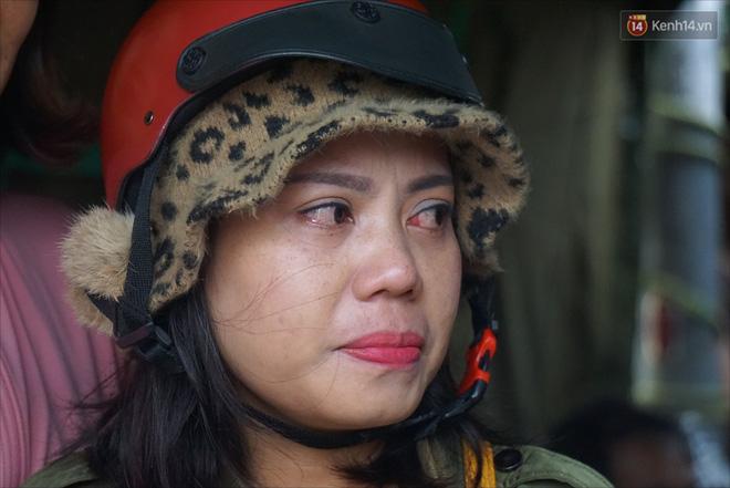 Nước mắt người vợ chiến sĩ hy sinh ở Sư Đoàn 337: Giờ anh mất, muốn đưa thi thể về nhà cũng không được vì quê Quảng Bình vẫn còn ngập lụt-10