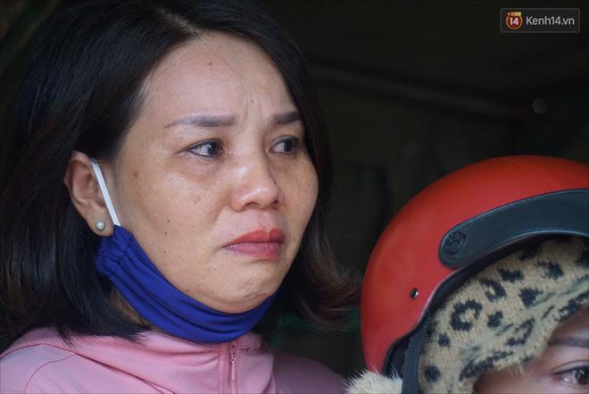 Nước mắt người vợ chiến sĩ hy sinh ở Sư Đoàn 337: Giờ anh mất, muốn đưa thi thể về nhà cũng không được vì quê Quảng Bình vẫn còn ngập lụt-11