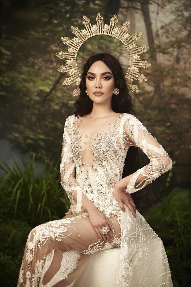 Hà Tăng diện váy basic vẫn cân đẹp dàn sao hóa nữ thần, công chúa-3