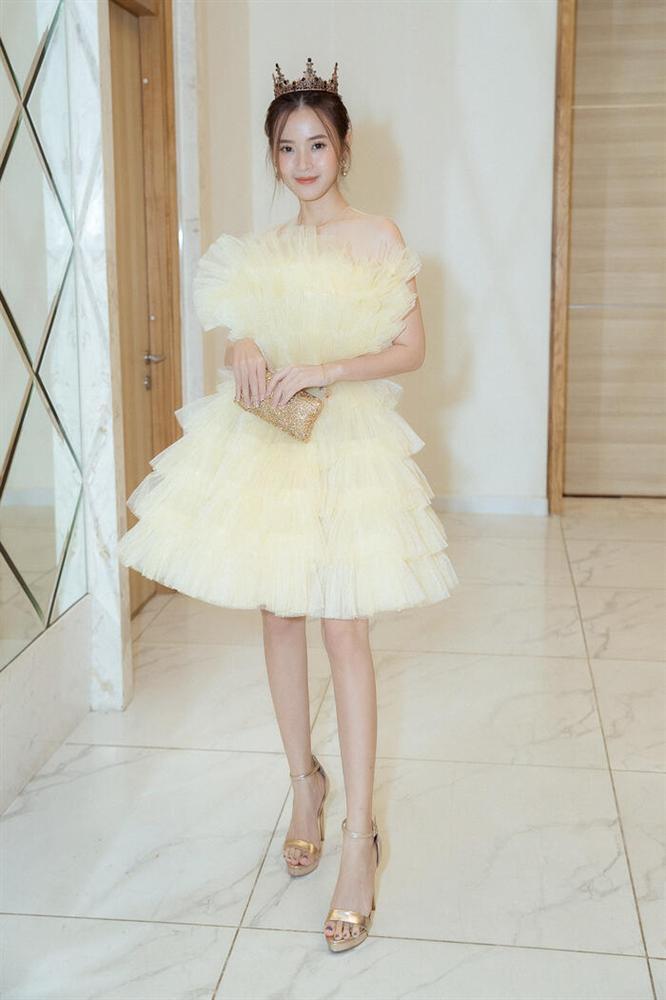 Hà Tăng diện váy basic vẫn cân đẹp dàn sao hóa nữ thần, công chúa-5
