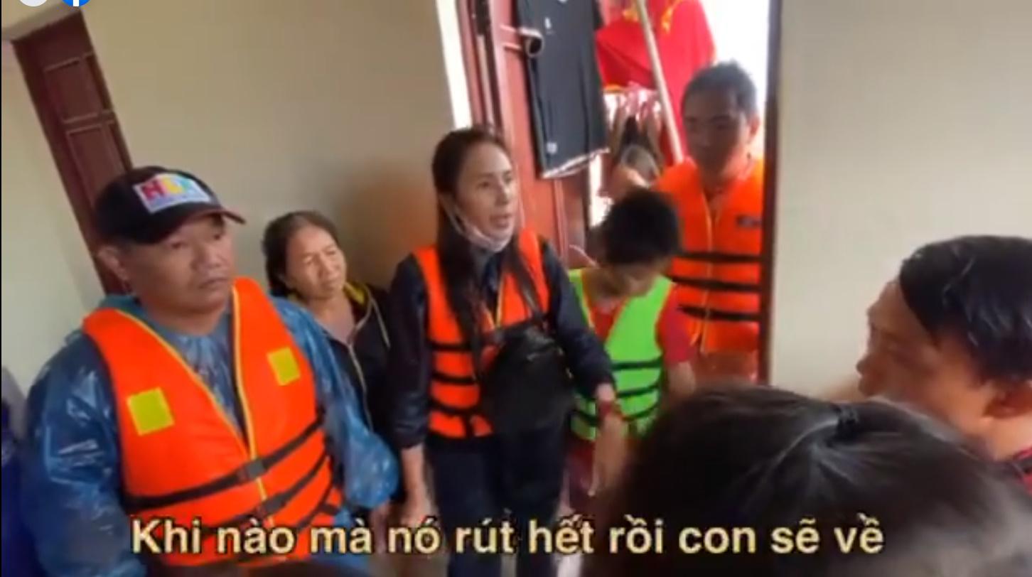 Thủy Tiên tuyên bố sau lũ ngoài xây lại nhà cho người dân còn xây thêm nhà tập thể đề phòng mưa bão-10