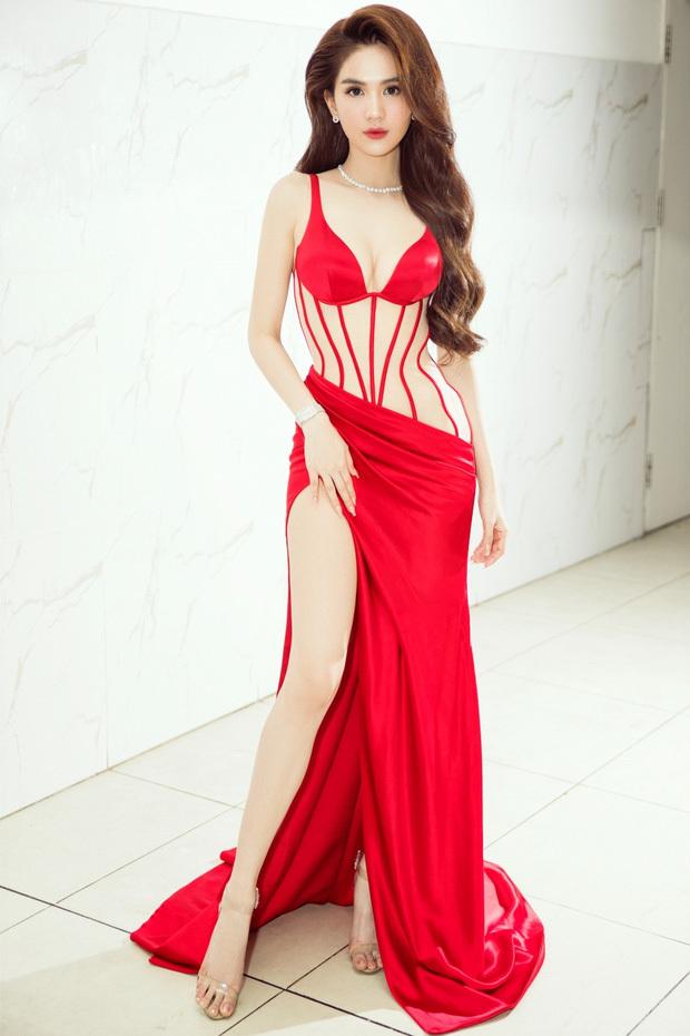 Mỹ nhân Việt vất vả che chắn vì váy xẻ cao ngút ngàn-1