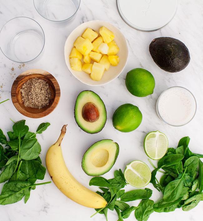 Có một loại sinh tố kết hợp rau và trái cây cực ngon mà lại giúp chị em hết khô da hiệu quả vào mùa lạnh sắp đến-1