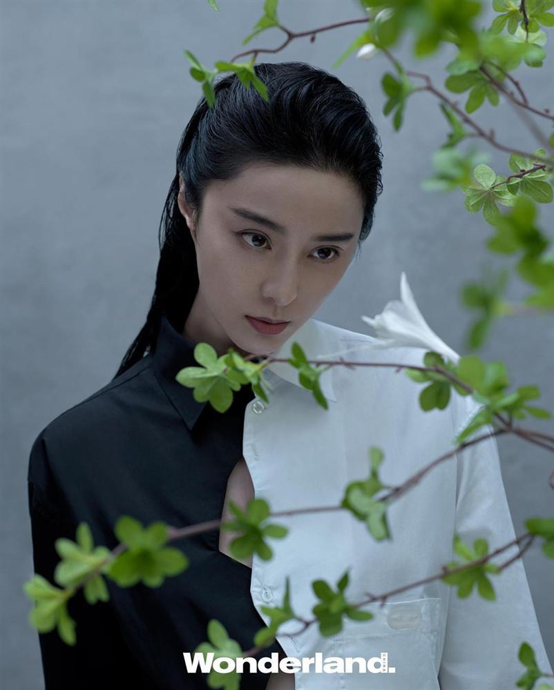 Gần 40 tuổi nhưng Phạm Băng Băng không ngại thử style mới, diện đồ càng độc càng lạ lại càng đẹp-4