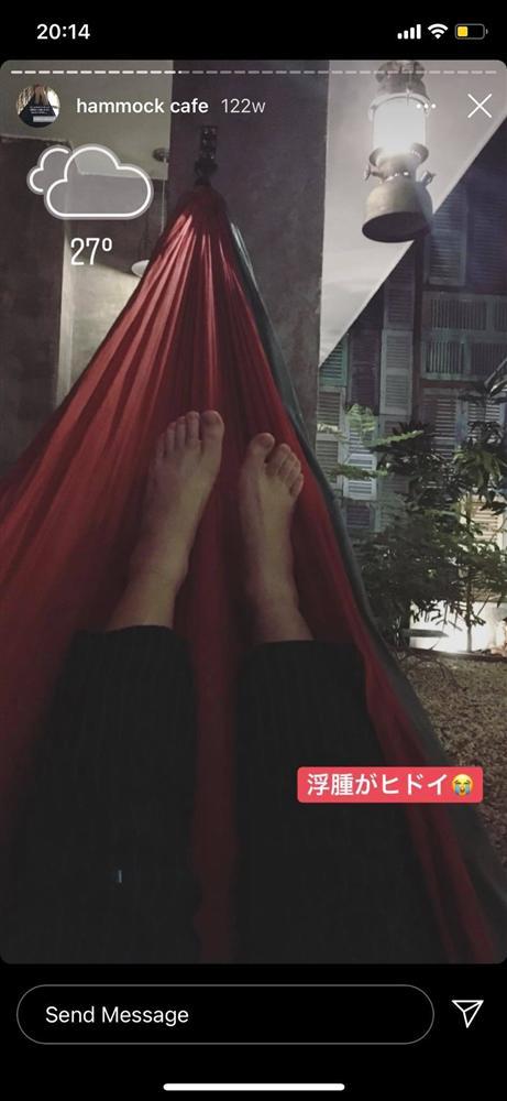Cô nàng người Nhật Bản khiến dân mạng cười nắc nẻ vì loạt ảnh review võng Việt Nam, bất chấp tất cả để thảnh thơi trên vật dụng huyền thoại này-14