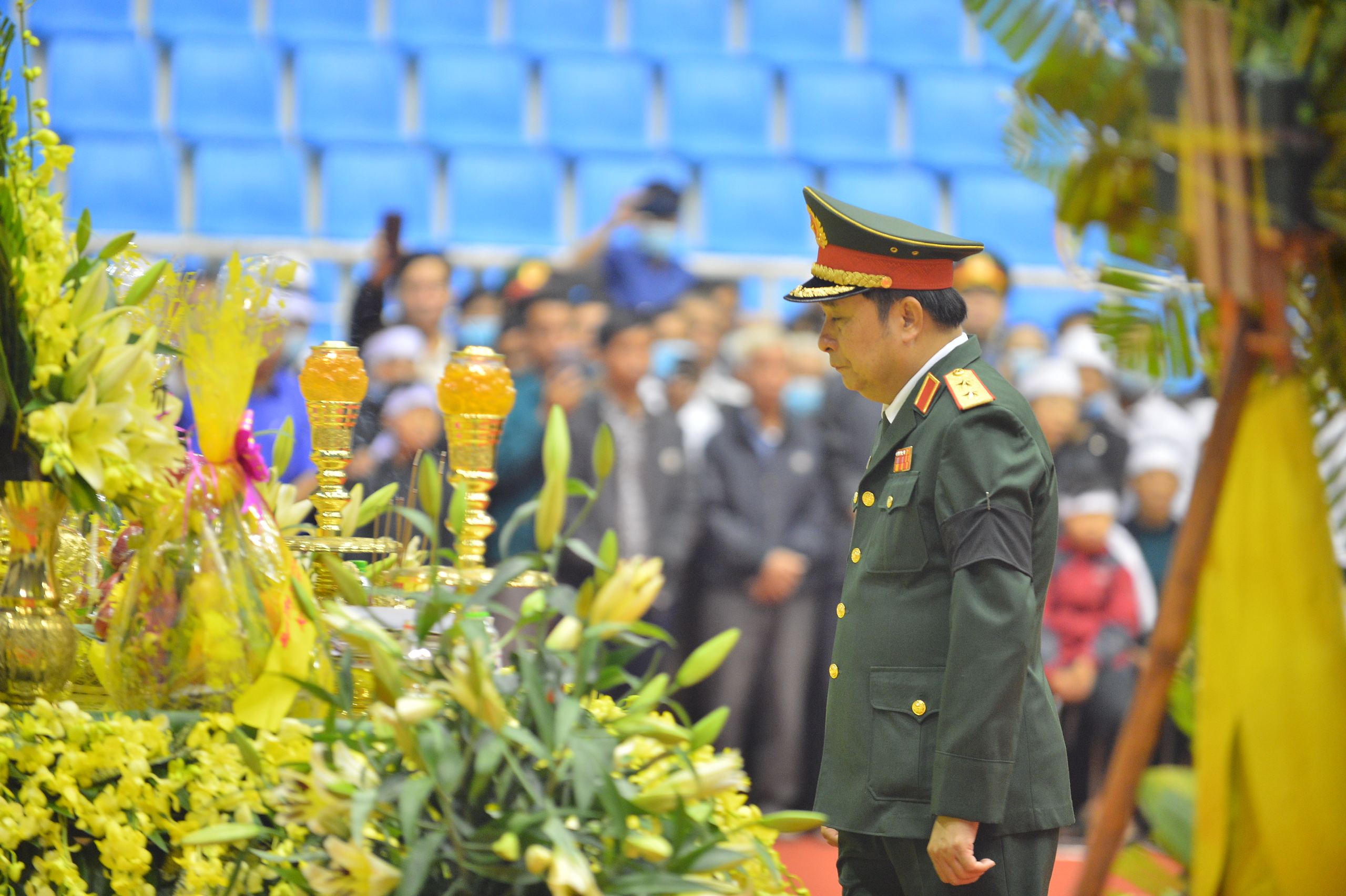 Tang lễ đẫm nước mắt của 22 quân nhân Sư đoàn 337 hy sinh do núi sạt lở, người thân và đồng đội khóc nghẹn trong đau đớn-28