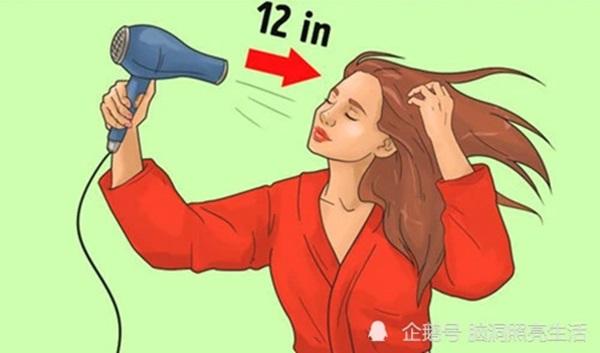 9 sai lầm mà nhiều người thường mắc phải khi sử dụng máy sấy tóc-4