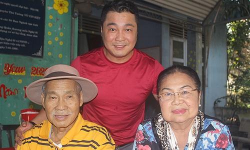 Lý Hùng: Trước khi qua đời, cha hôn từng người con-1