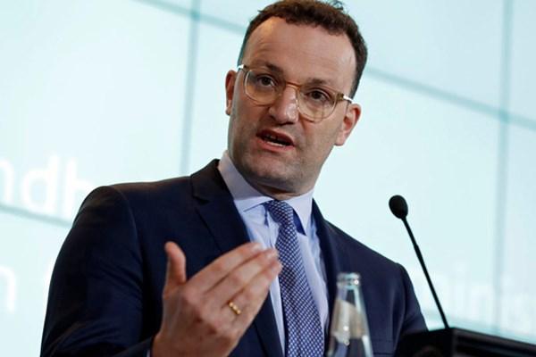 Bộ trưởng Y tế Đức dương tính với virus SARS-CoV-2