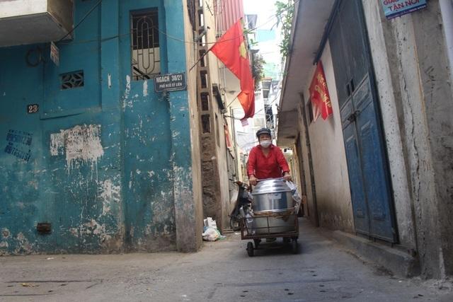 Kỳ lạ món ăn độn nhà nghèo thời bao cấp, thành đặc sản xếp hàng ở Hà Nội-1