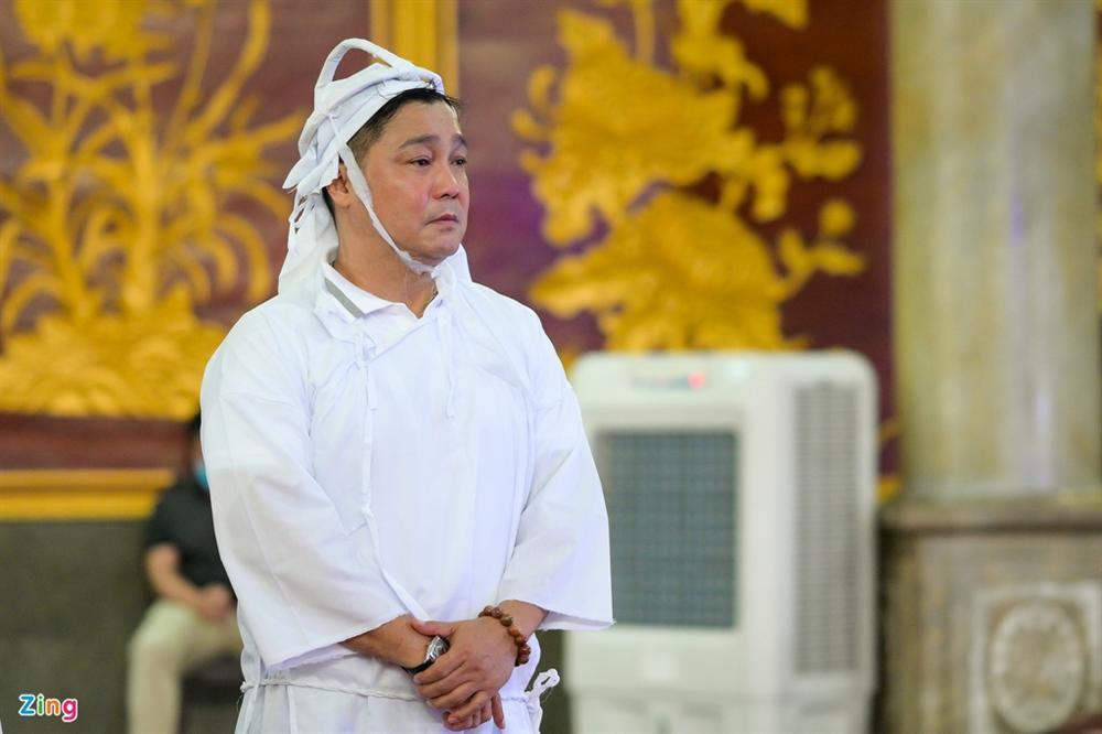 Việt Trinh, Giáng My khóc trong tang lễ NSND Lý Huỳnh-2