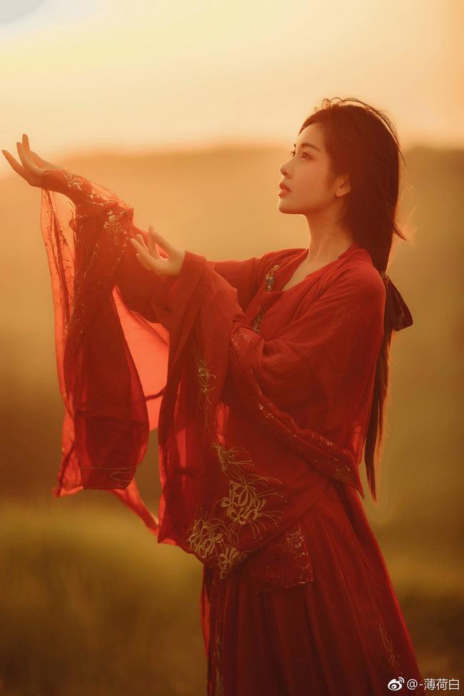 Chuyện 12 cung Hoàng đạo: Bọ Cạp thà yêu hết lòng rồi chấp nhận đau khổ, nâng như trứng hứng như hoa nhưng luôn kiểm soát người yêu chặt chẽ-1