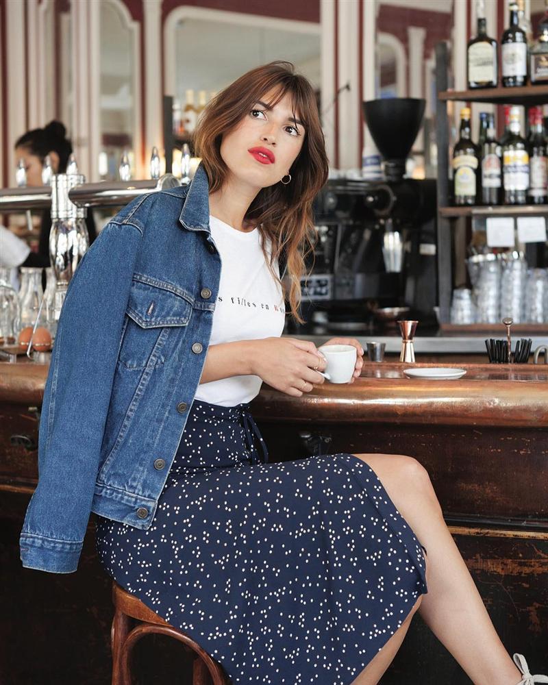 Cô nàng hé lộ bí mật về phong cách Pháp: Chúng tôi ăn mặc đại trà, diện đồ rộng hơn 1 size, và không cố để tỏ ra khác biệt-3