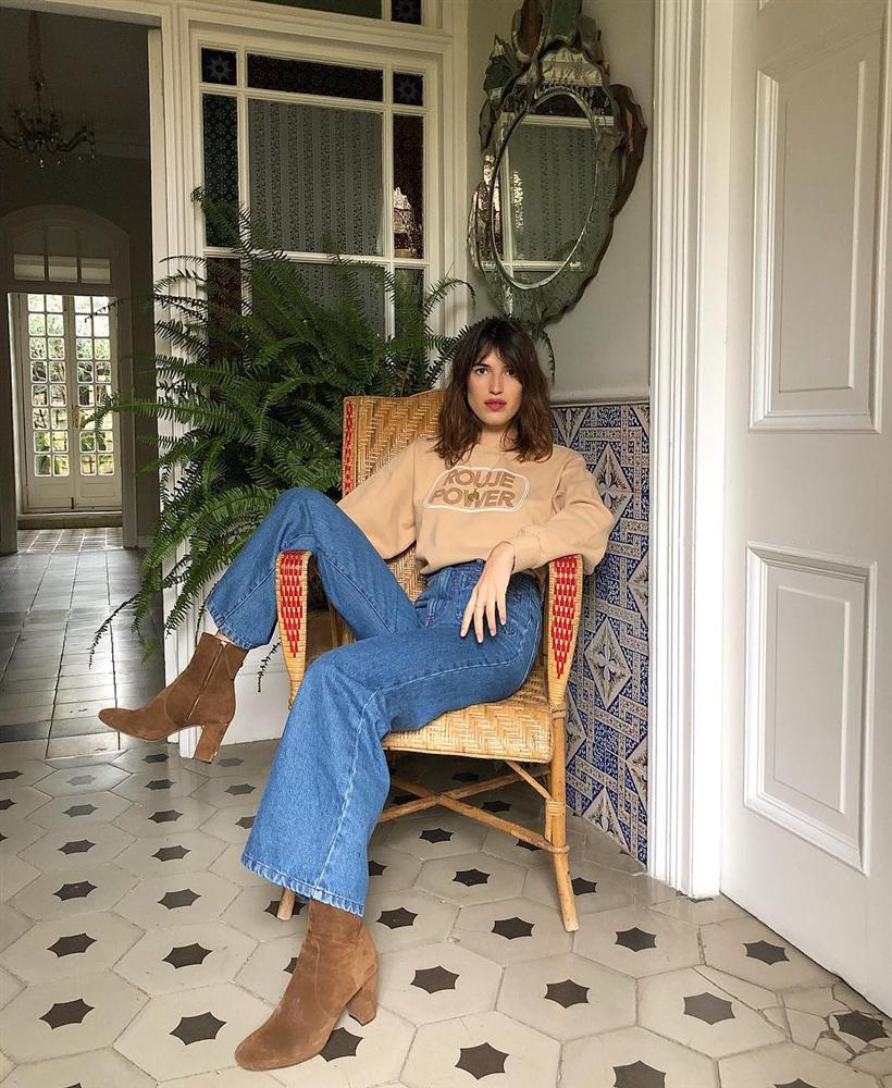 Cô nàng hé lộ bí mật về phong cách Pháp: Chúng tôi ăn mặc đại trà, diện đồ rộng hơn 1 size, và không cố để tỏ ra khác biệt-6