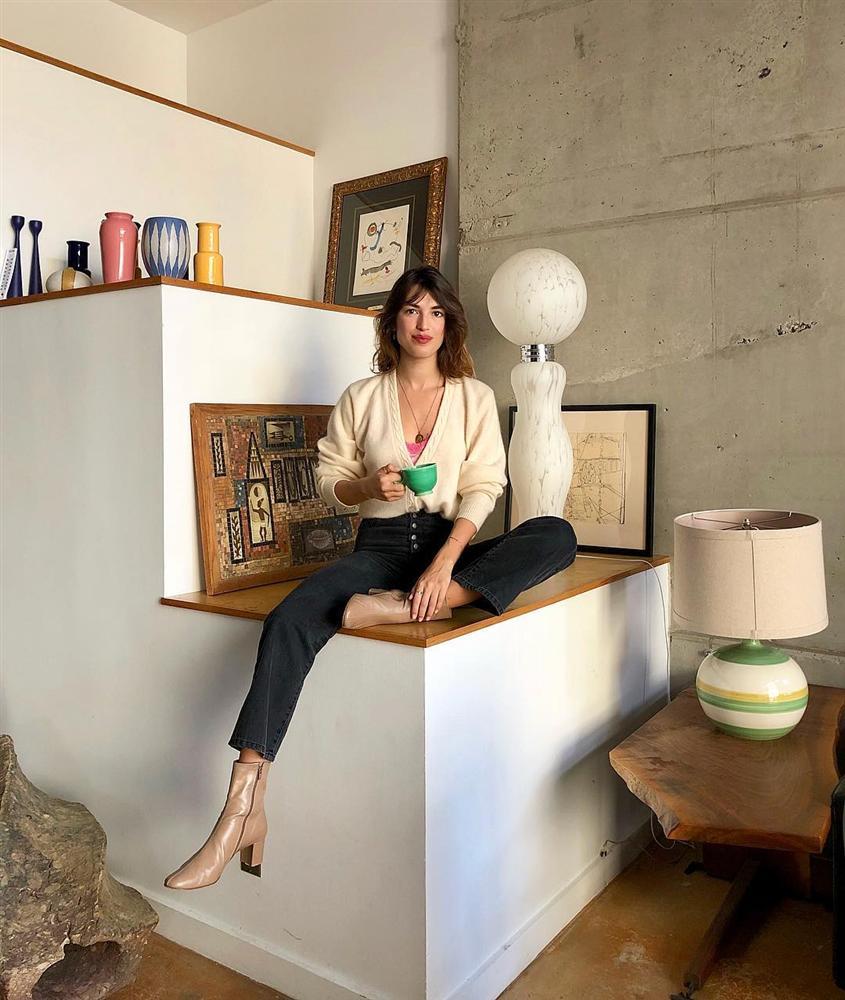 Cô nàng hé lộ bí mật về phong cách Pháp: Chúng tôi ăn mặc đại trà, diện đồ rộng hơn 1 size, và không cố để tỏ ra khác biệt-7