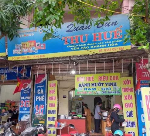 Quán bún bị phản ánh chặt chém đoàn làm từ thiện ở Hà Tĩnh-1