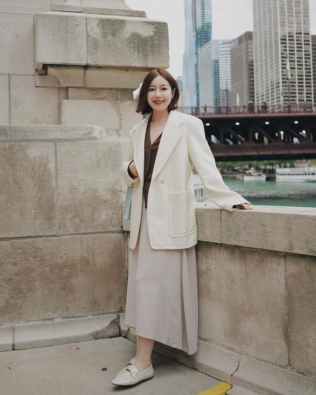 Chỉ với một kiểu blazer, nàng fashionista đã mix được cả chục set đồ xịn đẹp, thấy mà chẳng muốn shopping nhiều cho phí tiền-10