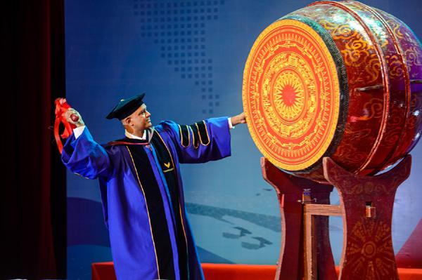 QS 5 sao - 'bệ phóng' để VinUni chinh phục giấc mơ đại học đẳng cấp thế giới-1