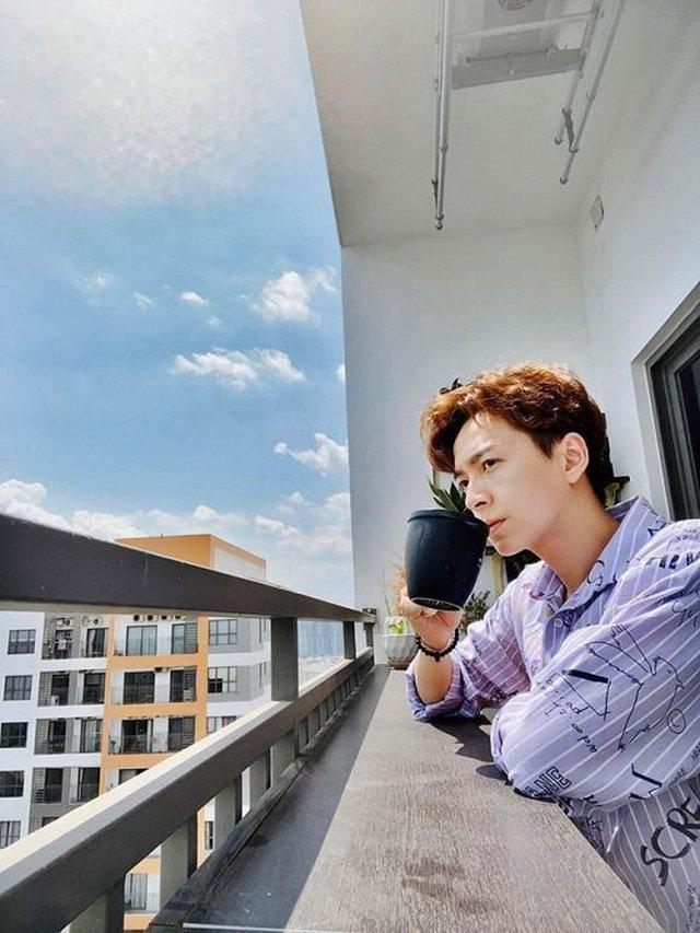 Ngắm căn hộ của Ngô Kiến Huy ai cũng thích thú vì view đẹp long lanh-8