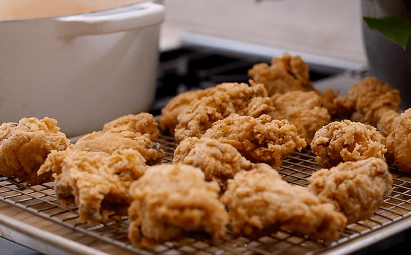 Cần gì ra tiệm, ở nhà tự làm gà chiên kiểu Hàn còn ngon hơn vạn lần mà lại dễ dàng vô đối!-4