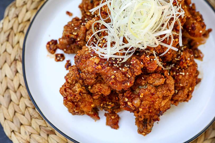 Cần gì ra tiệm, ở nhà tự làm gà chiên kiểu Hàn còn ngon hơn vạn lần mà lại dễ dàng vô đối!-8