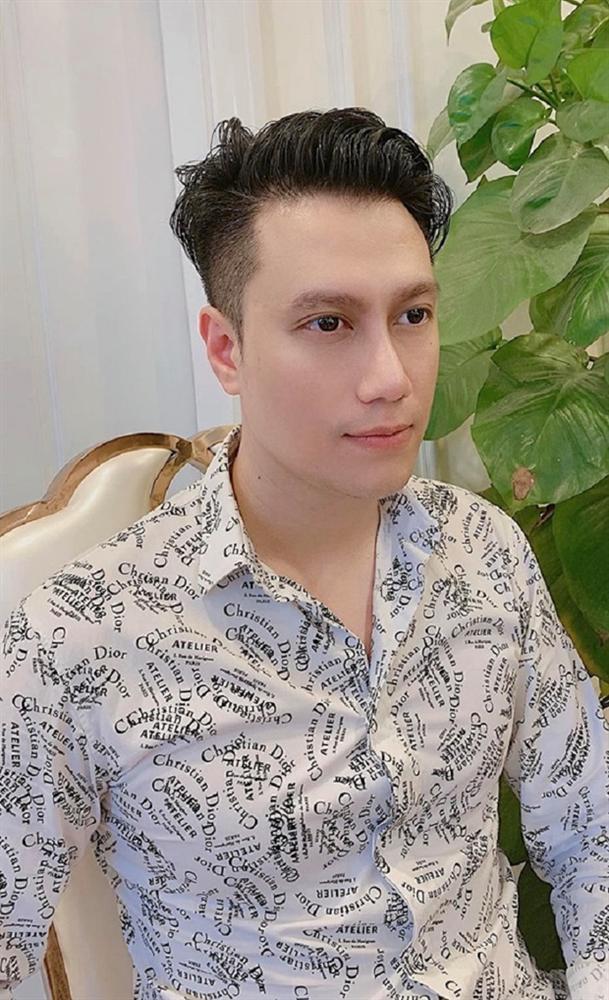 Việt Anh khiến netizen hốt hoảng vì mũi lệch bất thường hậu dao kéo-3