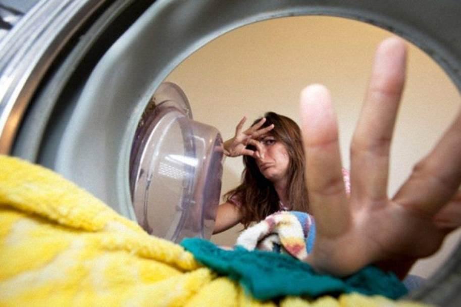 Dọn dẹp thường xuyên nhưng cứ phạm 9 sai lầm này không chỉ gây hại đồ vật mà còn ảnh hưởng sức khoẻ-3