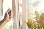 Dọn dẹp thường xuyên nhưng cứ phạm 9 sai lầm này không chỉ gây hại đồ vật mà còn ảnh hưởng sức khoẻ