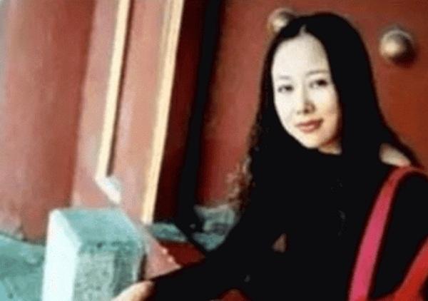Chuyện tình của Đường Tăng Trì Trọng Thụy: Được bà xã đại gia theo đuổi, bị đàm tiếu vì kết hôn với người vợ 50 tuổi-2