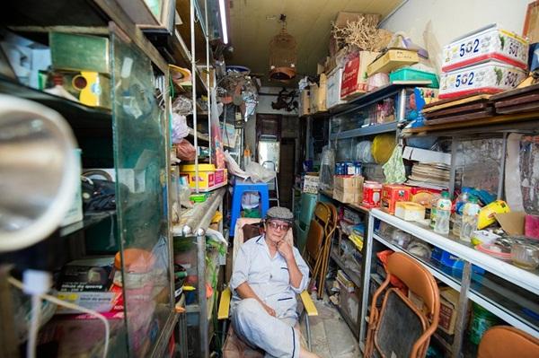 Kỳ lạ những căn nhà siêu nhỏ chỉ vừa một người đi nhưng giá hơn 400 triệu/m2 ở Hà Nội-5