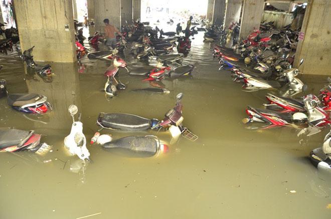Lưu ý khi xử lý xe máy ngập nước lâu ngày-1