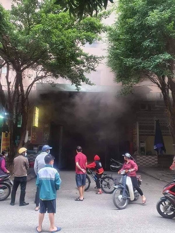 Hà Nội: Cháy tầng hầm để xe chung cư Đại Thanh, hàng trăm cư dân nháo nhác-1