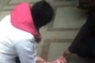 Phẫn nộ tột cùng: Bố mẹ cãi nhau, mẹ ném con trai 2 tuổi từ tầng 14 xuống đất, sau 30 phút vẫn không ai xuống tìm con vì còn mải cãi nhau tiếp
