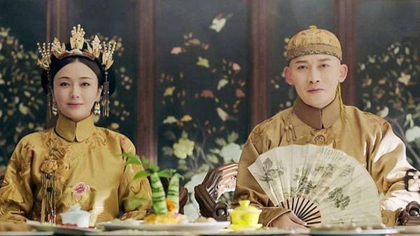 Bí ẩn phía sau tấm áo long bào của các vị Hoàng đế Trung Hoa xưa: Biểu tượng quyền lực không bao giờ được giặt giũ-4
