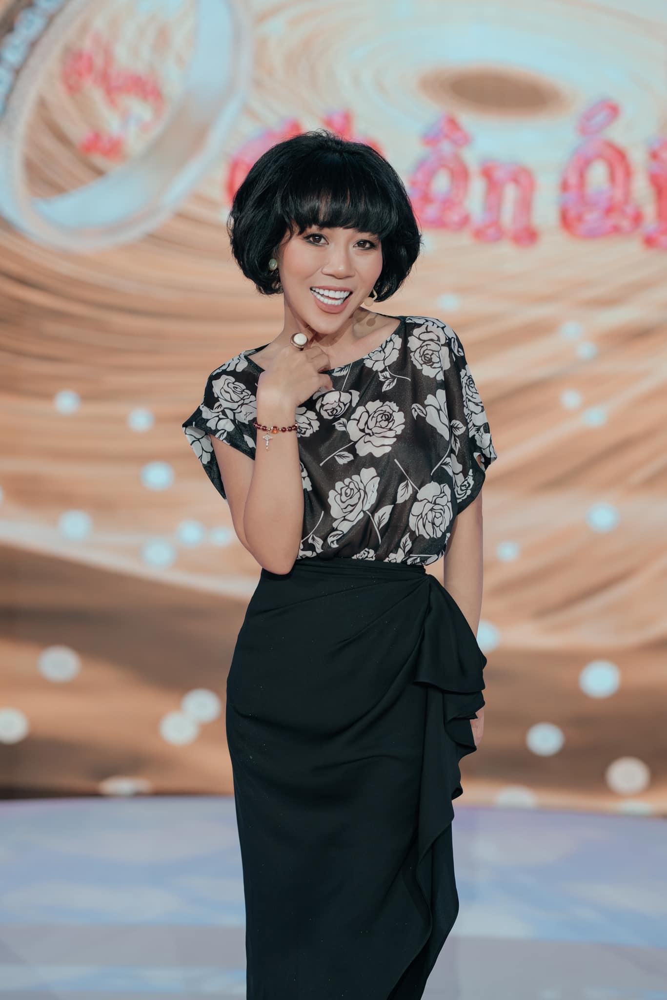 Trác Thuý Miêu chính thức lên tiếng về vụ mặc sai dress code bị đuổi về, Kelbin Lei cũng xin chừa vì không mở thiệp mời ra xem-3